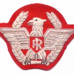 Generale di brigata, pubblica bombe e pance in gravidanza