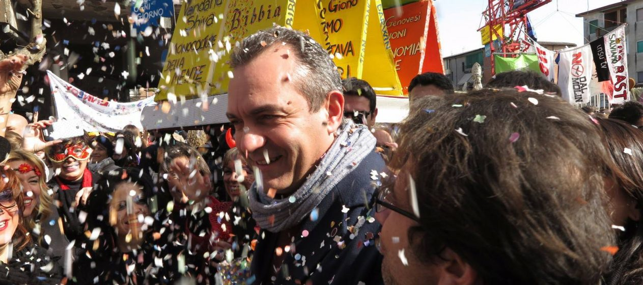 Carnevale Gridas a Scampia c'è la Napoli che amiamo.
